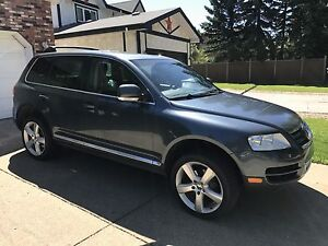 2005 VW Touareg Low Low Kms!!