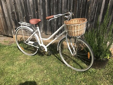 Reid Cycles Vintage Cruiser White  Ivanhoe Banyule Area Preview