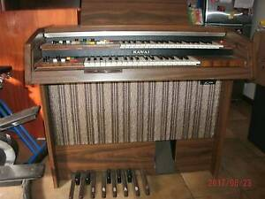 organ kawai works great compact size leight weight easy to move St Albans Brimbank Area Preview