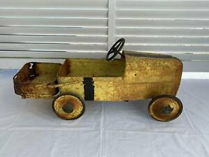 GREAT VINTAGE METAL CYCLOPS KIDS RIDE ON PEDAL CAR TIPPER OUTDOOR TOY