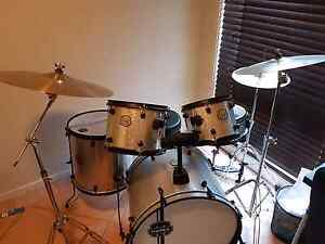 Mapex voyager 5 piece fusion drum kit Minchinbury Blacktown Area Preview