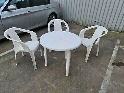 WHITE PLASTIC GARDEN PATIO CIRCULAR TABLE & 3 CHAIR SET