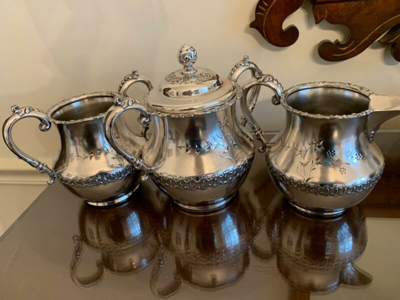 Vintage Bristol Mfg. Co. Silverplate Set: Creamer, Sugar Bowl & Spooner #337