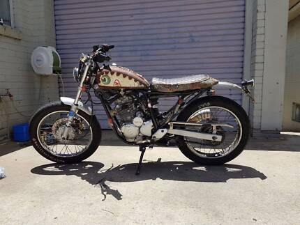 Yamaha Scorpio 225 Cafe Racer Brat Style Chopper Rat Bike Custom