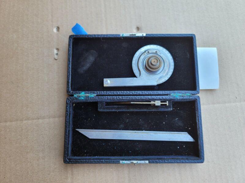 Vintage L.S.STARRETT COMPANY Model No. 359 Precision Universal Protractor