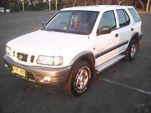 Holden Frontera wagon SUV 4x4 Low Kms Family Car like Registered Wollongong Wollongong Area Preview
