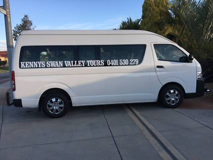 Kenny maxi bus swan valley tours