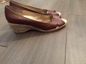 Size 8 peep toe dockers - new with tags