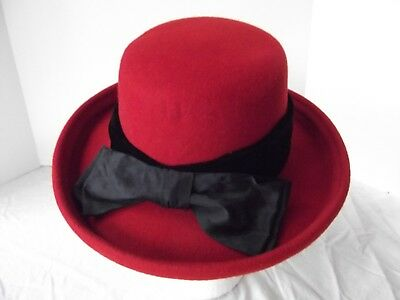 Red Velvet Wool Hat (vtg red hat 100% wool church bowler sz M L 21.5in wire brim velvet trim bow)