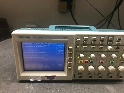 Tektronix Tds2024 200 Mhz4-ch 2gss Digital Oscilloscope W Fresh Calibration