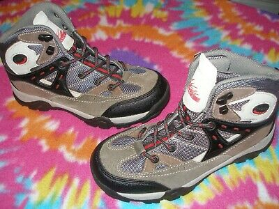 Youth size 3Y ITASCA OUTDOOR HIKING ANKLE BOOTS LEATHER *WORN 1 TIME* NICE LOOK*