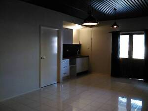 One room granny flat available Rocklea Brisbane South West Preview