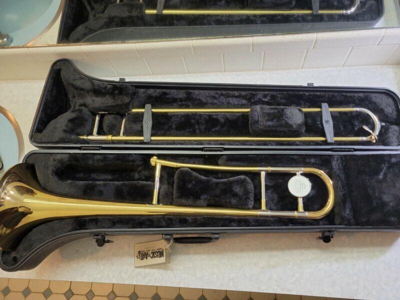 Jupiter Capital Edition CEB-630 Beginner Student Trombone w/ Hard Case