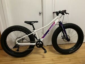 Fat bike junior specialized 1x9 aluminium neuf