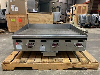 Wolf Agm36-101 Countertop Heavy Duty Gas Griddle