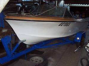 runabout 16ft, Hamilton jet, holden inboard. Gawler Gawler Area Preview