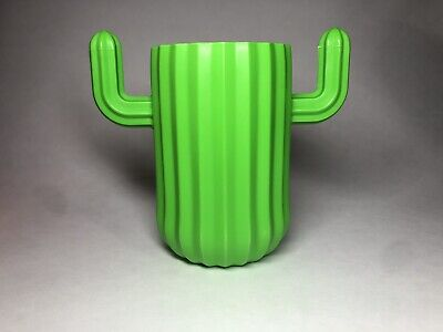 New Cactus Plastic Pen Pencil Holder Party Cup Green Cute Office Teacher Gift