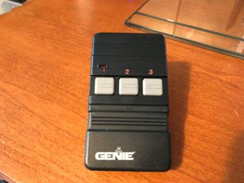 Genie 3 button Garage Door/Gate remote opener GT90-3 tested w battery