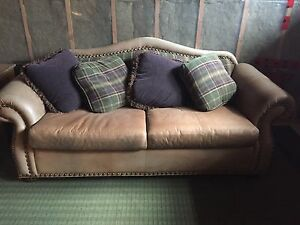 Free couch this weekend only!