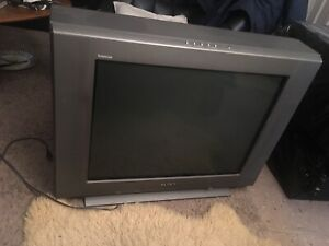 "Sony tube trinitron waga 27"" tv"
