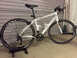 Women's flat bar road bike (Medium) Bellingen Bellingen Area Preview
