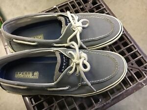 Chaussure Sperry top sider 9