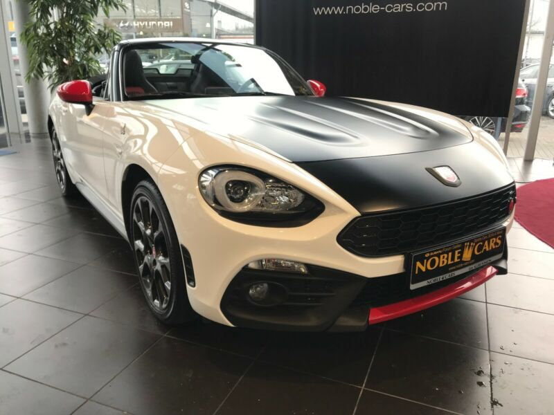 Abarth 124 Spider 1.4 MultiAir Turbo Turismo LEDER BOSE