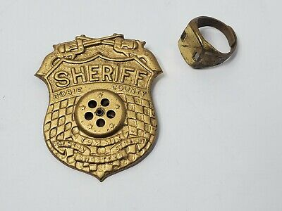 1940s Jewelry Styles and History 1940s Ralston Cereal Straight Shooters Tom Mix Dobie County Sheriff Badge w Ring $24.99 AT vintagedancer.com