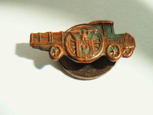 1915 PACKARD MODEL E MOTOR TRUCK SCREW BACK BADGE SPOKE WHEEL LETTER P TRADEMARK