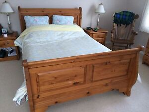 Looking for this Sleigh Bed in King Size