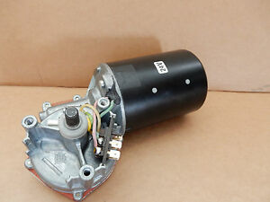 Scheibenwischermotor Bosch 0390442064 Wischermotor DB 0018242901 403873 24V