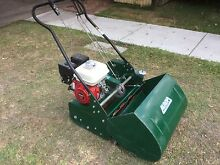 """As new 21.5"""" cylinder / reel  mower Honda 4.8 HP. $3400 NEW Carina Brisbane South East Preview"""