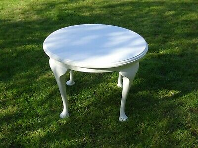 Antique white round side / coffee table solid oak, collect from B91, GREAT COND