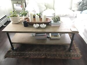 Wood and metal coffee table from Maisons du Monde