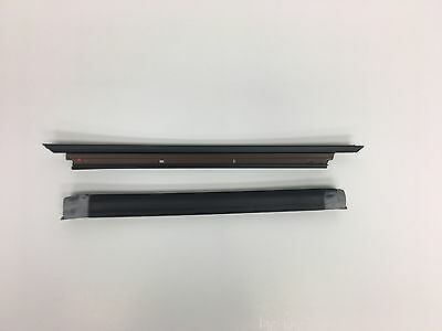 1993-2002 CHEVROLET CAMARO LH NEW OEM T-TOP OUTER RUBBER WEATHER SEAL + RETAINER