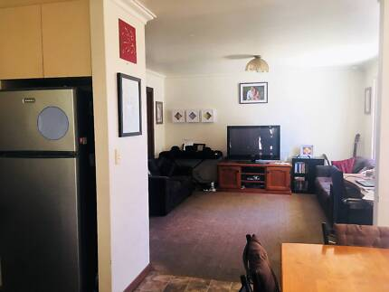 DIANELLA Fully Furnished House Rent - bills included Mar-Jun2018