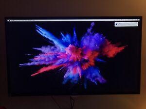 "Haier 32"" LCD TV"
