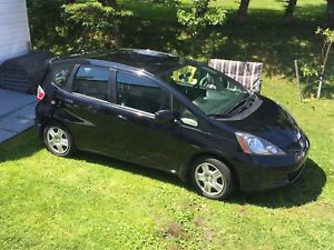 2013 Honda Fit LX Hatchback with extended warranty until 2021!!!