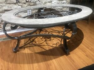 *GOING VERY CHEAP* don't miss out! royal marble coffe table!