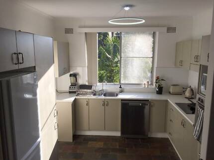 Large 3 bedroom light filled apartment situated in Dee Why