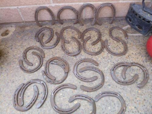 USED HORSESHOES Lot of 25  Steel Craft Repurpose Group 39