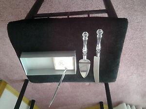 CAKE SERVING SET &  DOUBLE HEART PEN.