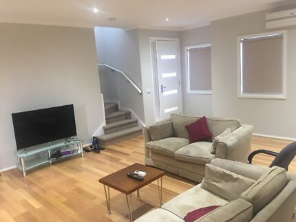Shared Accomidation Available in Clayton