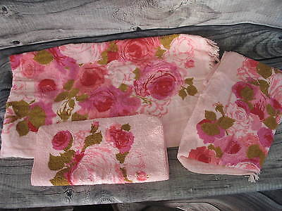 Vintage Bath Hand Towel Washcloth Pink Floral Pattern 3 Piece Set