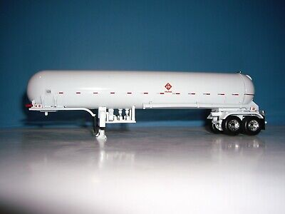 DCP FIRST GEAR 1/64 WHITE WITH WHITE FENDERS MISSISSIPPI  PROPANE TANKER 2