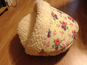 Small Floral Pet Bed