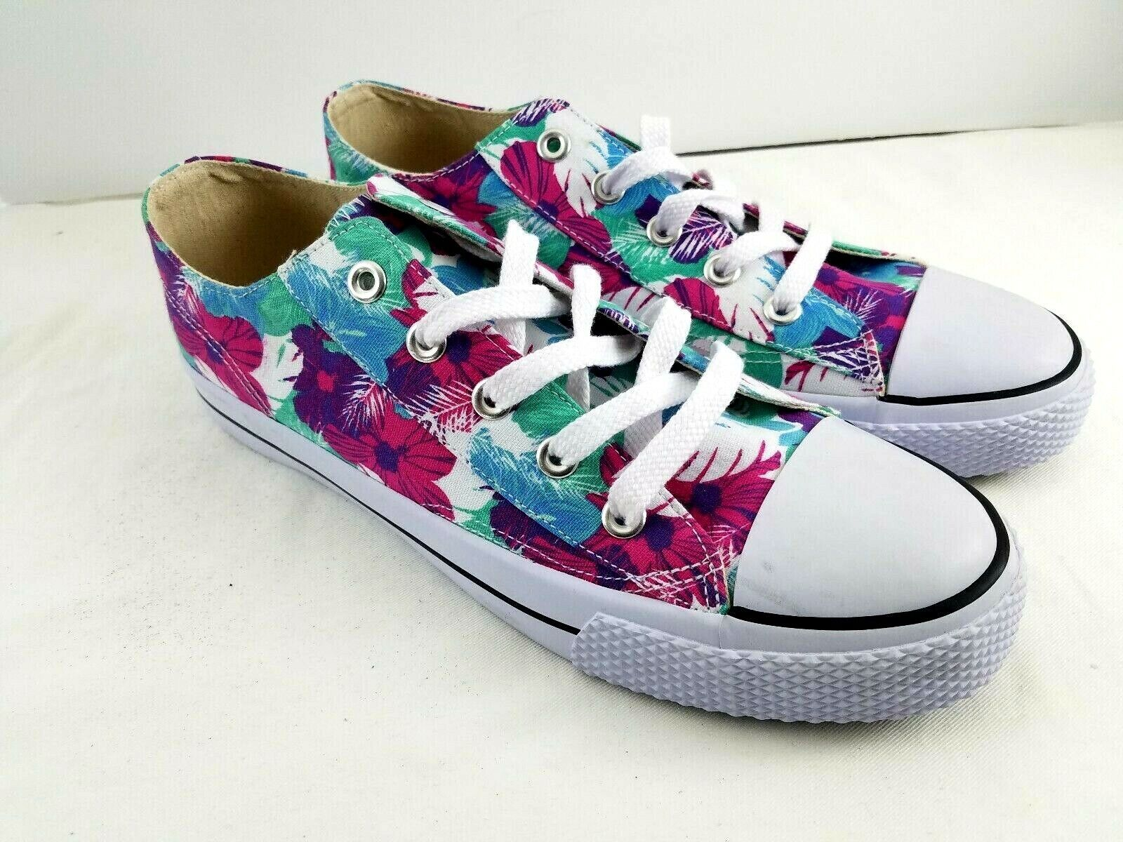 Airwalk Sneakers Floral Canvas Size 5.5 Non Marking Low Top