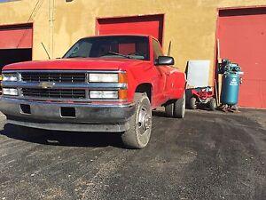 Chevy 3500 2x4