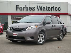 2014 Toyota Sienna 1 OWNER JUST IN! NEW FRONT BRAKES