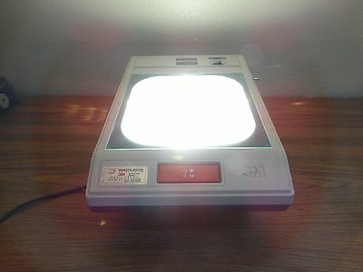 3m Model 2100 Portable Overhead Projector Transparency Base Only - Will Send Arm